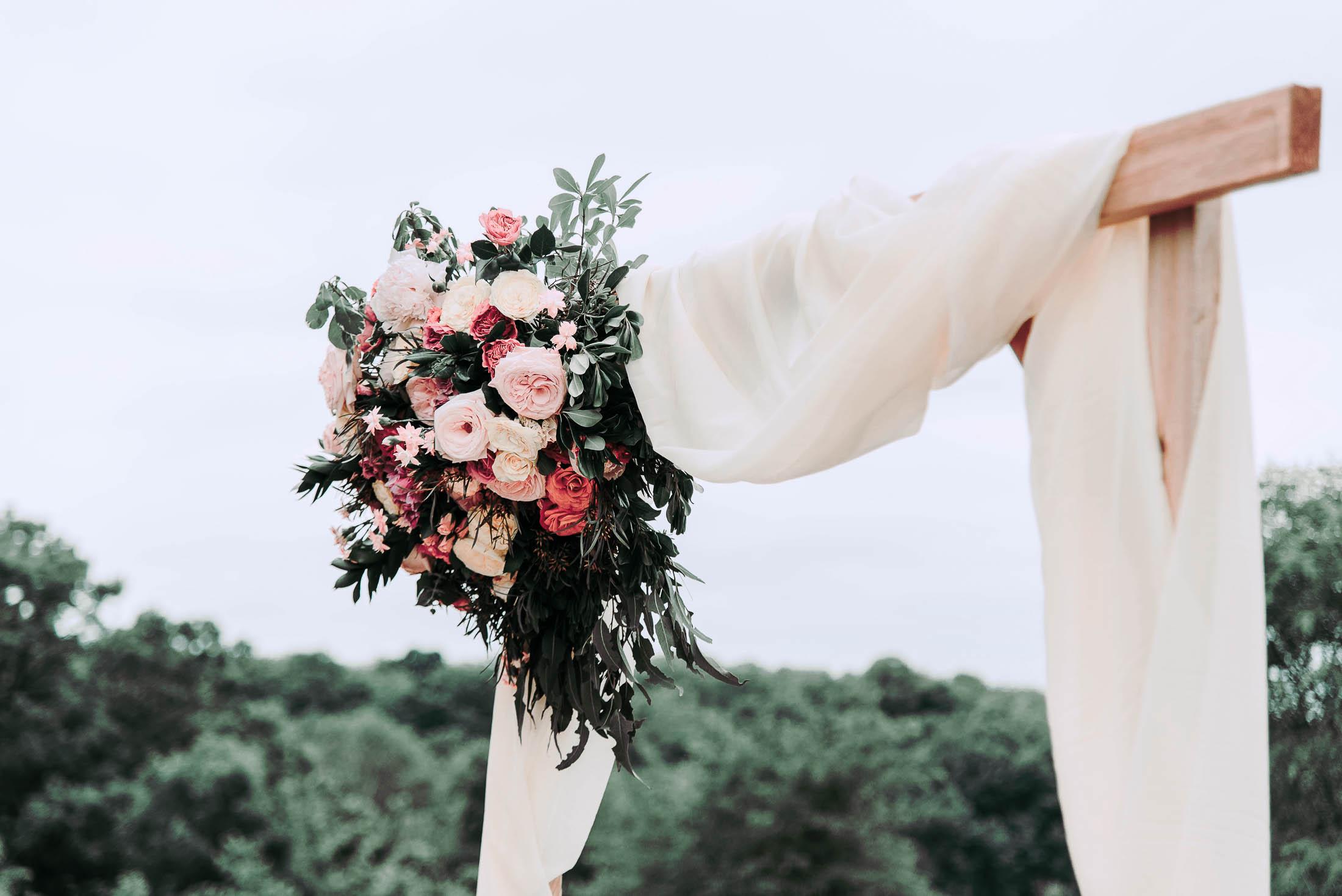 florals at wedding