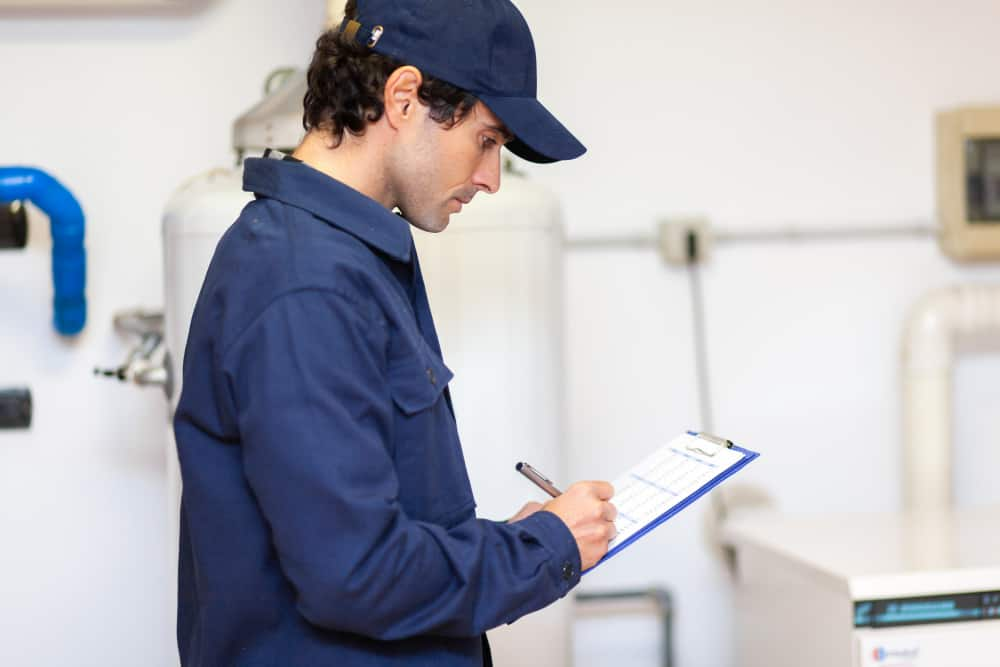 Whether it is chipped pipes, broken faucets or malfunctioning toilets, contact a certified plumbing professional from Pro Plumbers to find leaks and solve your bathroom issues. Call us today at (844) 568-5500.