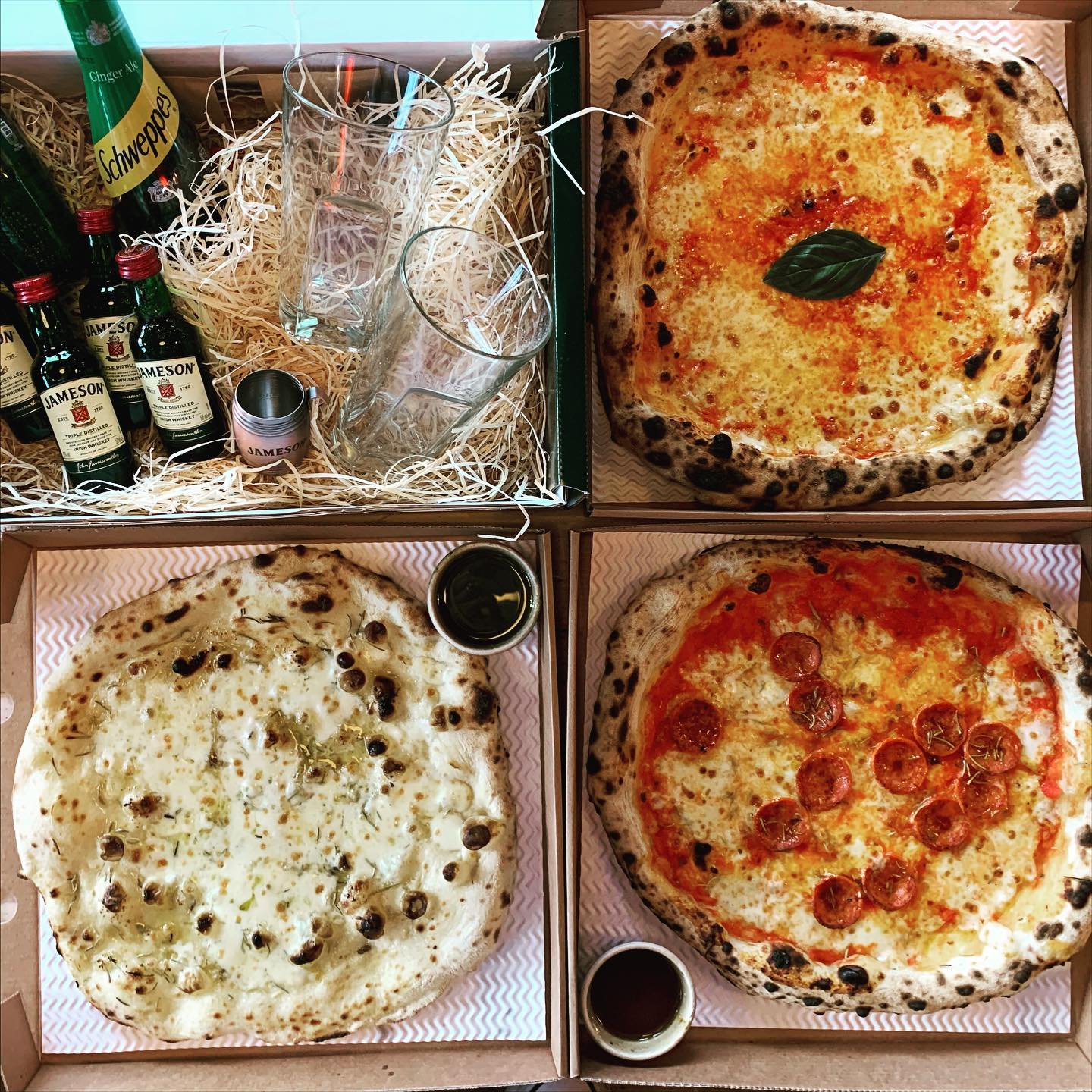 St. Patrick's day is coming up and it might be lockdown but it doesn't mean we can't celebrate! 2 pizzas, garlic bread, 2 dips and this box of treats from Jameson available only on Wednesday! Bundles are £25 while whiskey supplies last 😉please drink responsibly 🥃🍀 . . . #pizza #stpatricksday #hackney #jamesonsmasterclass #youwantapizzame #delivery #sweetdeal
