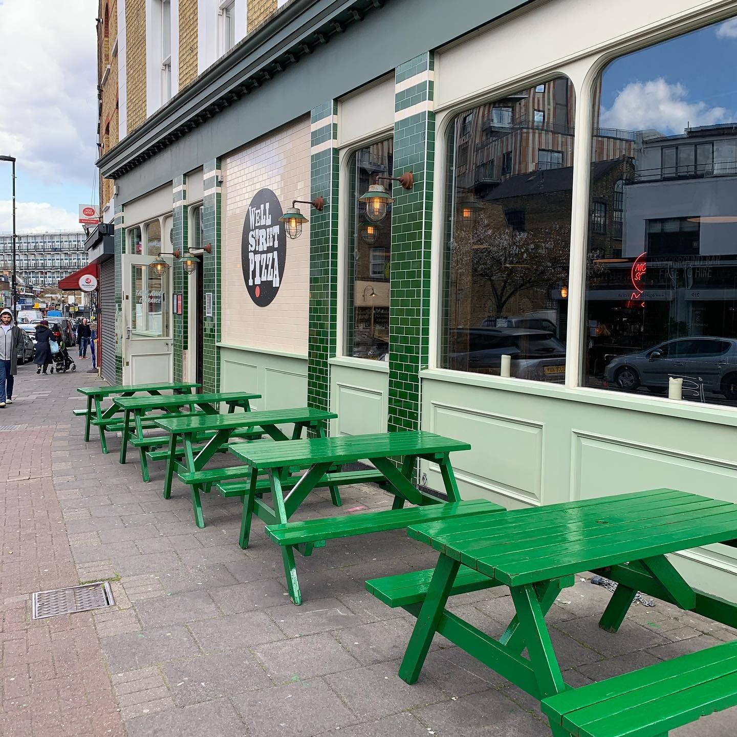 Here we go! Shiny fresh tables ready for bums, pizzas and pints. The Pizza Terrace is officially open 🥳 . . . #pizza #outside #pints #beer #cocktails #youwantapizzame #sunsoutbunsout #hackney #london #lockdown