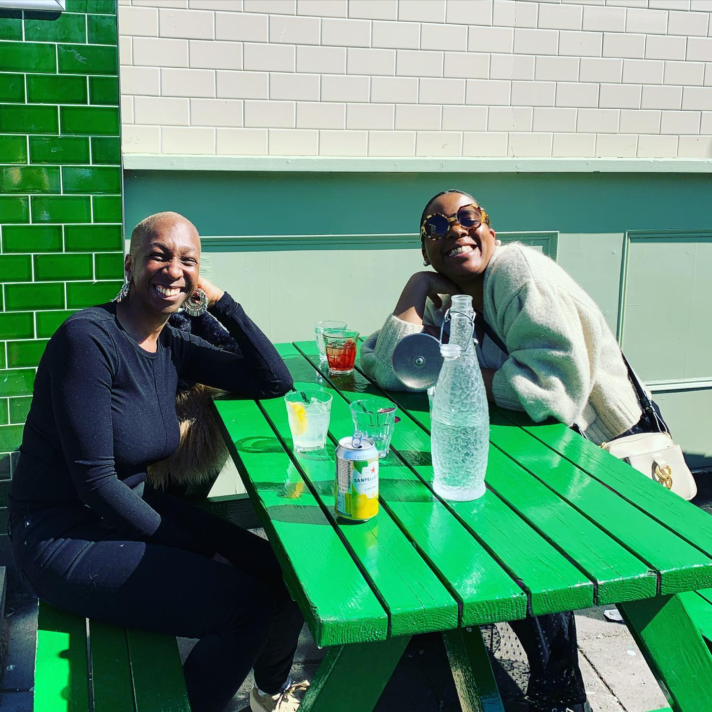 These lovely ladies are living it up on Costa del Well Street! This could be you! Hit up our website for bookings and you too could be having cocktails and pizza ☀️ . . . #sunshine #cocktails #pizza #youwantapizzame #hackney #vibes