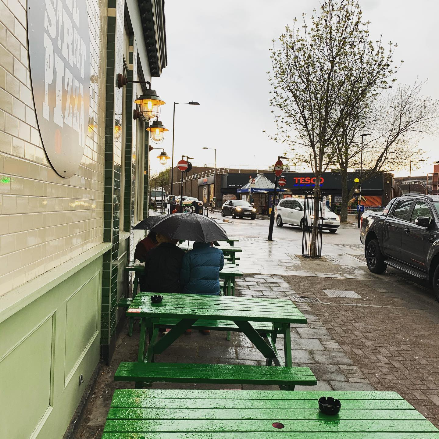 Rain or shine we're here ☔️ if you're not feeling adventurous then you can still enjoy our pizza and cocktails from Deliveroo 🛵 . . . #tgif #pizza #youwantapizzame #hackney #itsrainingitspouring #friyay #delivery #takeaway
