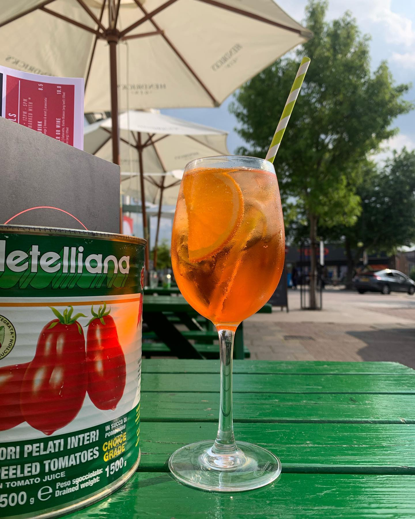 We just can't get enough of those beautiful summer days 🌞 🍹   Enjoy a Spritz (or two) with us today! Open till 22 😎  • • • • • • #youwantapizzame #summerishere #summer #summervibes #pizzalover #wellstreet #pizzagram #cocktail #hackney #londonfood #londonlife #friends #lunchdate #goodfood #foodporn #hotsummer #comeandgetit #cocktails #spritz #aperolspritz #aperitivo #alfresco #summervibes