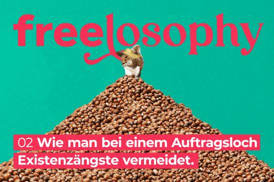 freelosophy 02: Illustartion von Eichhörnchen mit Hut auf einem Berg Haselnüsse