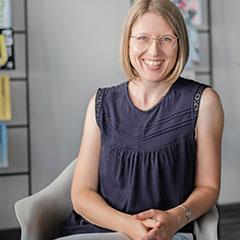 Kerstin Smirr, freie Autorin, schreibt u.a. für lexfree