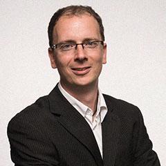 Karsten Zunke, freier Journalist, schreibt u.a. für lexfree