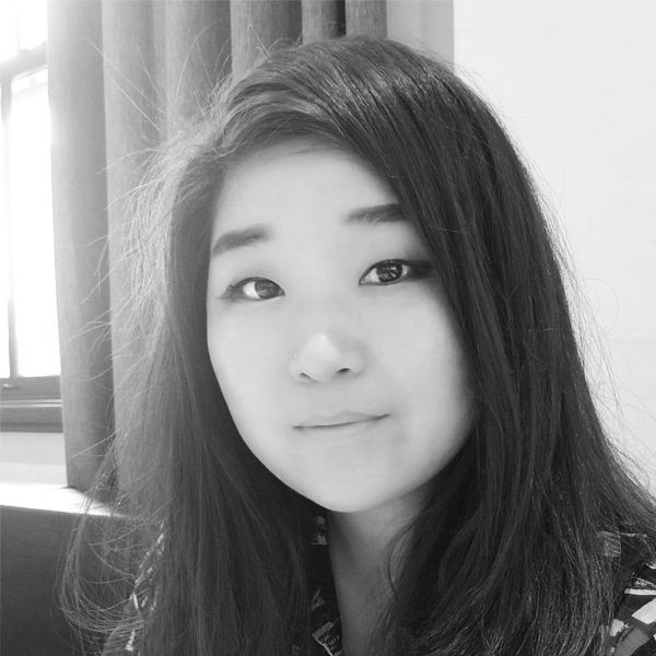 A headshot photograph of Cindy Lee.