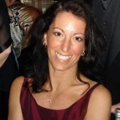 A headshot photograph of Diane DiEuliis.