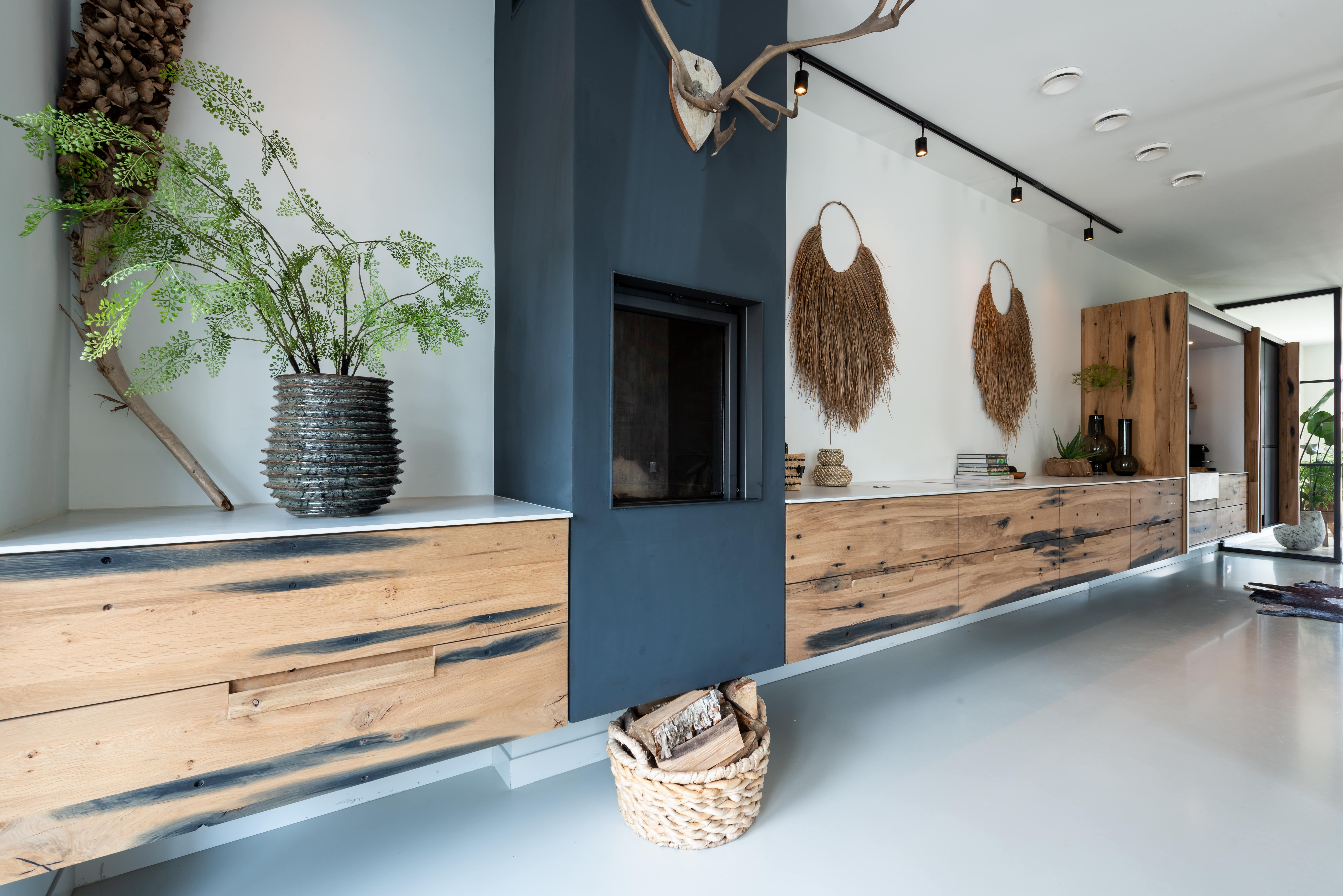 Sfeervol wandmeubel & duurzame keuken ineen