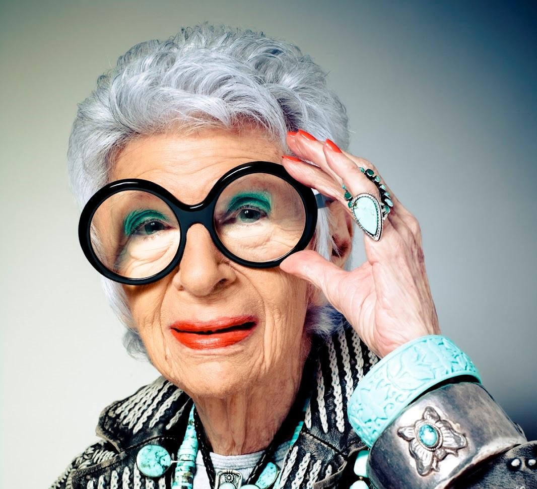 De vrouw van de ronde brillen, Iris Apfel, 100 jaar!