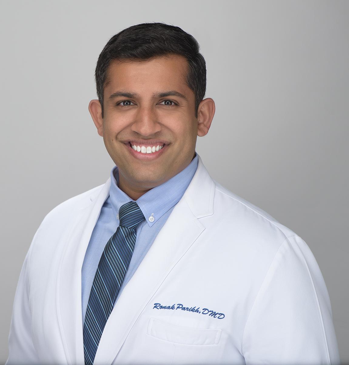 dr parikh headshot