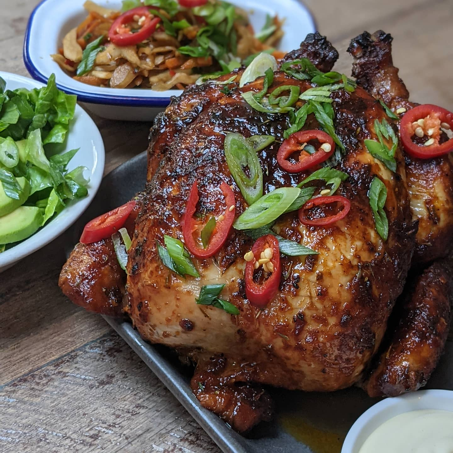 This insanely tender, 24 hour marinaded, rotisserie slow cooked chicken is half price on Tuesdays... Just sayin' 🤤 . . . #chickentuesdays #halfprice #wholechicken #foodoffers #tuesdaymood✔️ #tuesdayvibes #tuesdayfooddeals #hackneypubs #hackneyfoodie #hackneyfooddeal #chickenwings🍗 #outdoordrinking #outdoorseatingarea #terracegarden #beerlover #beergarden