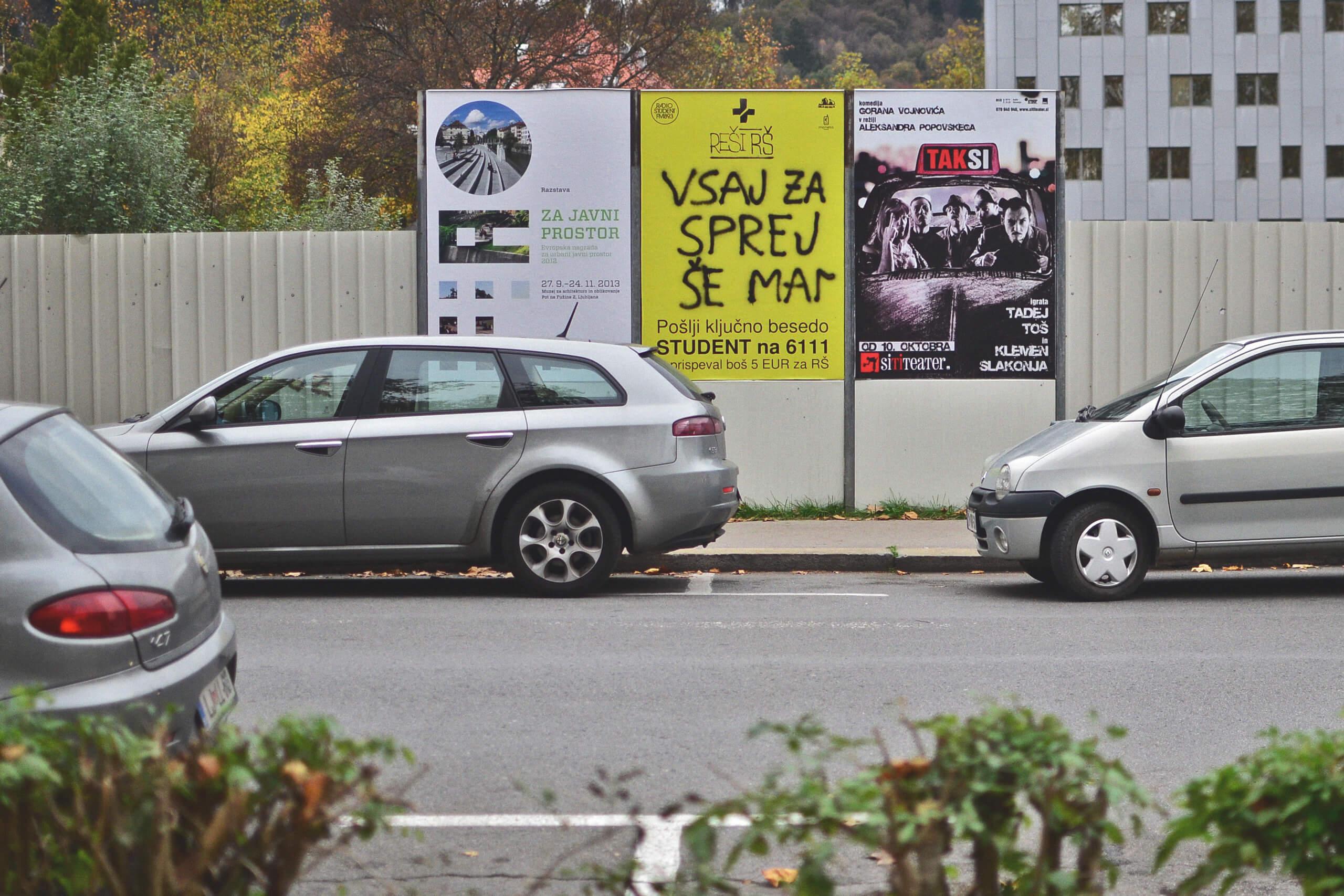 Outdoor poster designed for Radio Študent.