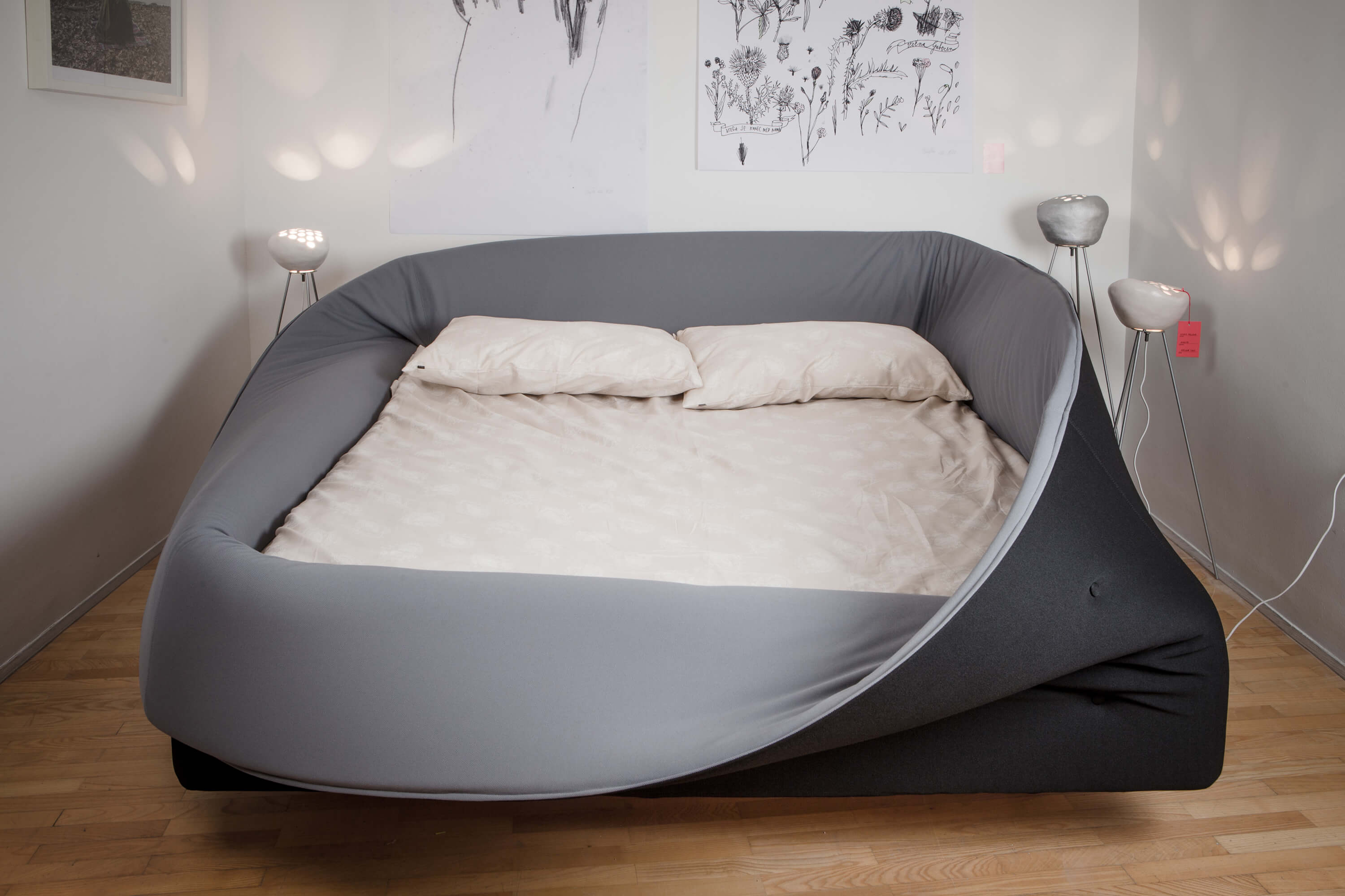 A bed in pop-up store Pop-Up Dom.