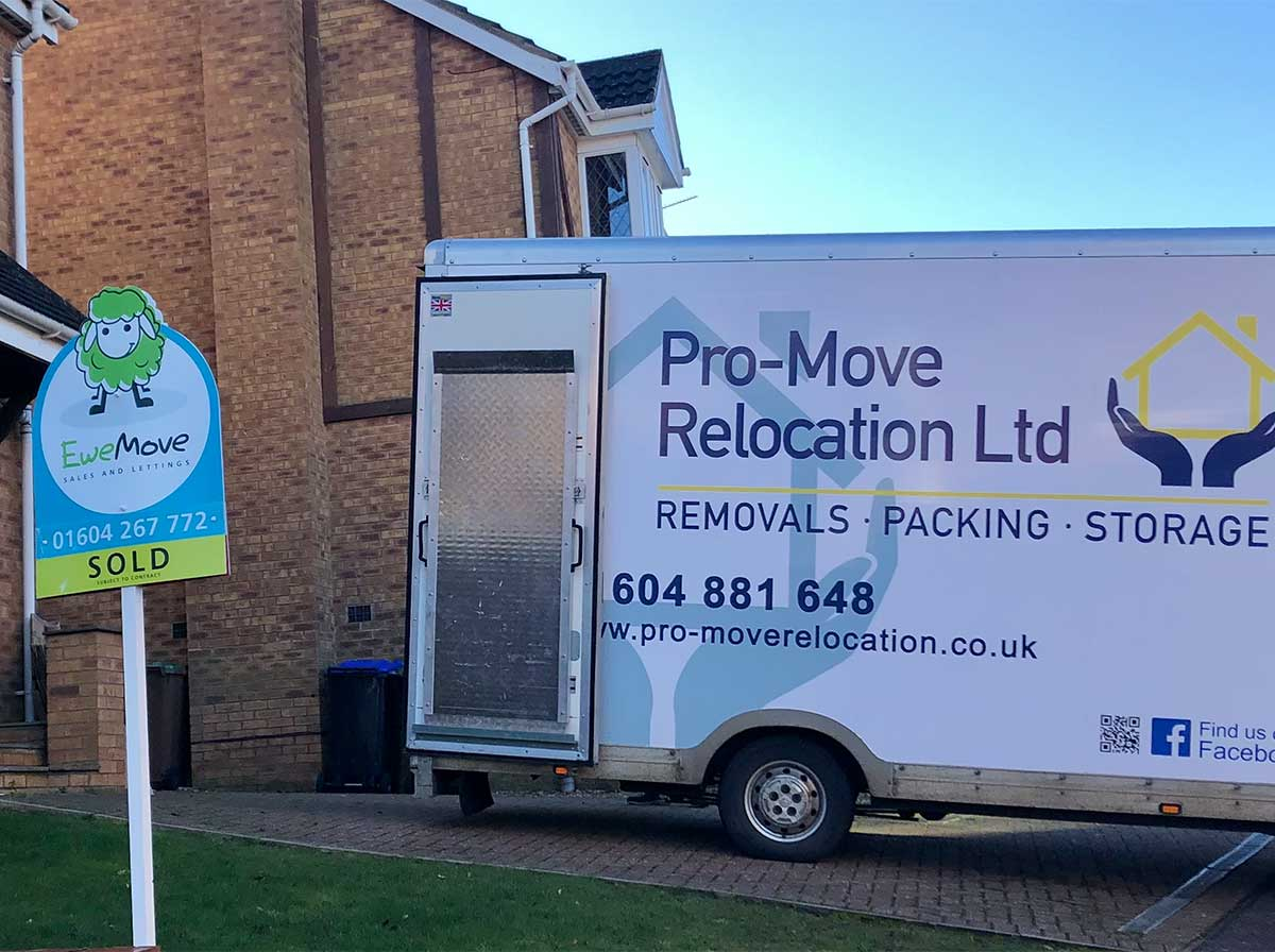 A Pro Move Relocation van on a driveway