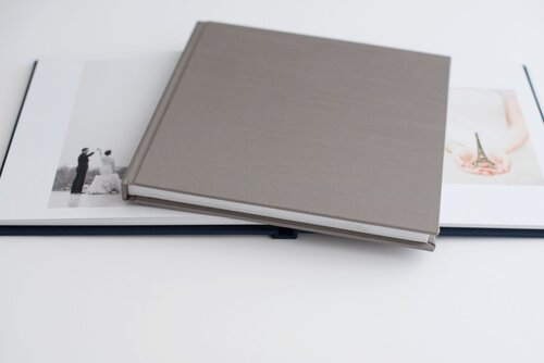 wedding photography photo albums available for purchase at flower mountains wedding venue