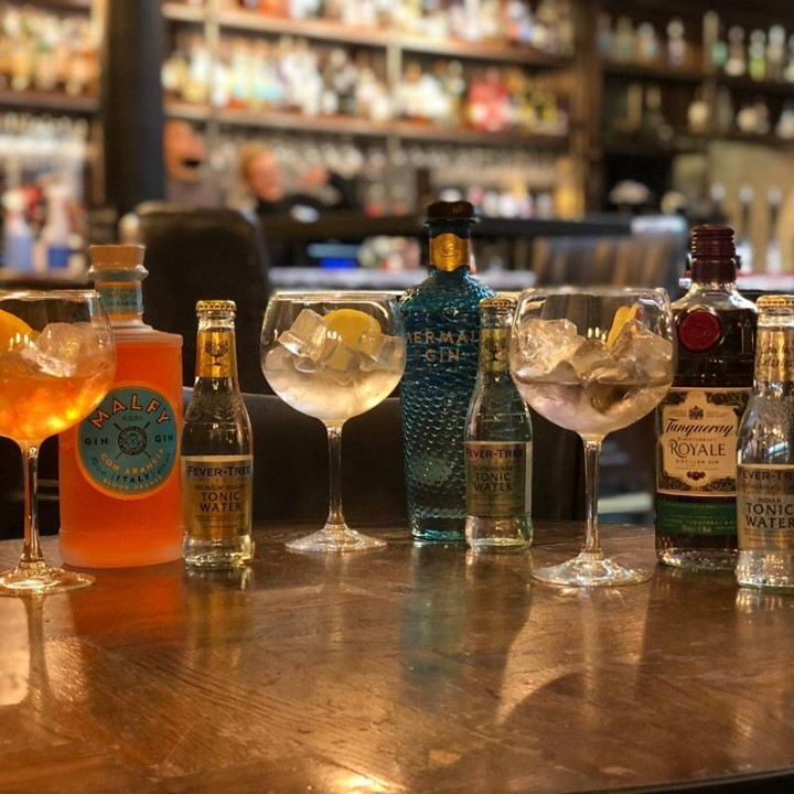 As you all know, the Punch shelves are full with the finest world wide gins. This are just a few of our new additions that passed our tasting control! Pop in and try them for yourself, you won't be disappointed.  . . . . . #ginpalace #gins #picoftheday #citypub #worldwidegin #gintasting #bestpub #ginandtonic #urbanpubsandbars #drinkstagram #ec4y #fleetst #wednedsay #punchtavern