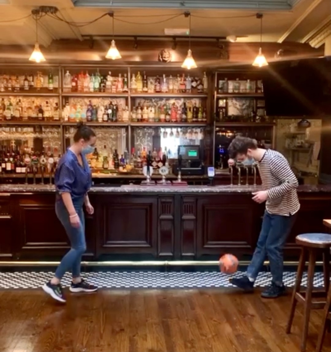 Here, we are already warming up for the start of the Euros. Luckily for the other participants, Team Punch didn't qualify, but luckily for all of you, we will be showing all the action live. Book your table now, limited seats available! . . . . . . #football #euros #euros2021 #fleetstreet #ec4y #urbanpubsandbars #itscominghome #booknow #bestpubs #beerstagram #food #foodandrinks #footballfans