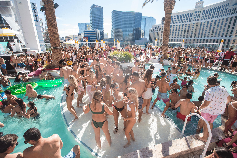 crazy dayclub party