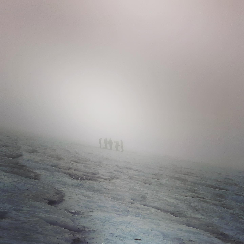 Magisk tåke på Folgefonna i dag! I morgon melder de fjordutsikt igjen👍 Blir stas det også!