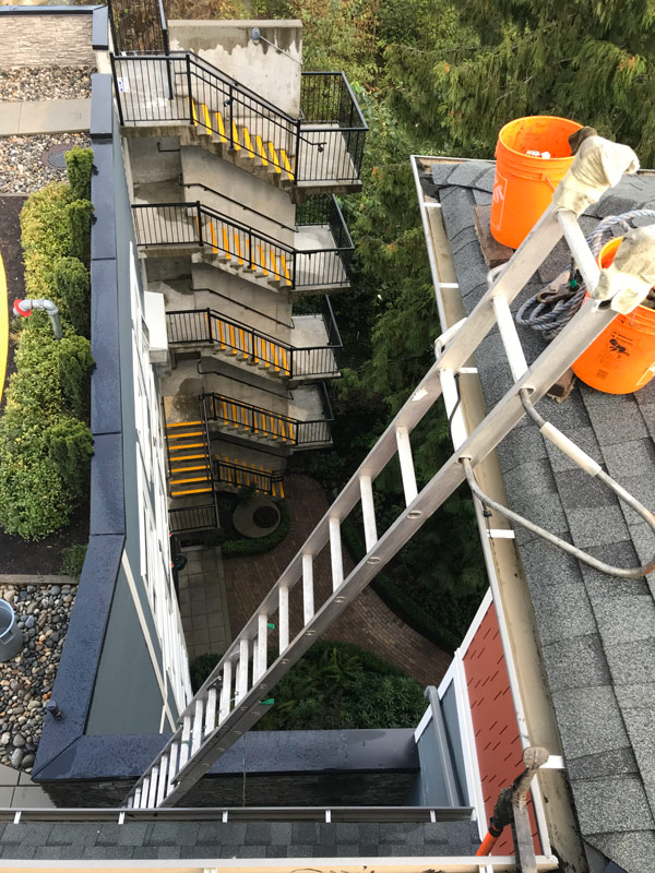 Gutter Cleaning Gallery Picture On Big Shot Pressure Washing Gutter Cleaning Page