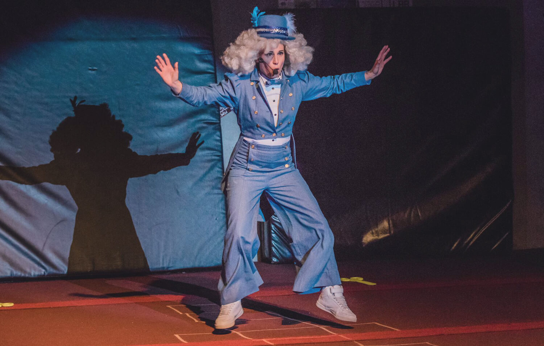 Roving Circus Performances