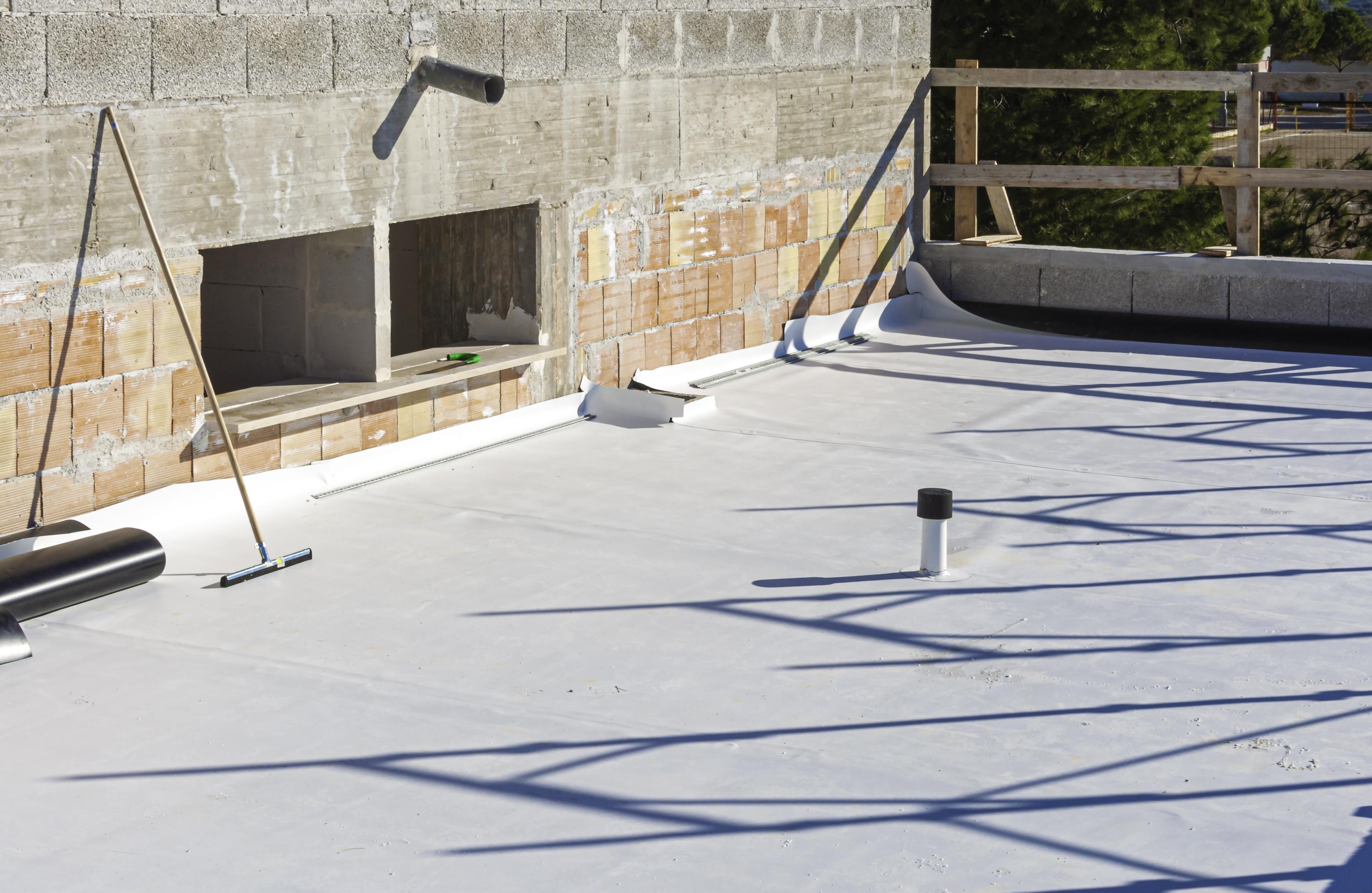 Tredegar Construction installs TPO roofs in the Richmond metro area