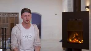 Videographiq - Testimonial Video Thumbnail