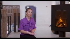 Melanie Miniaci - Testimonial Video Thumbnail