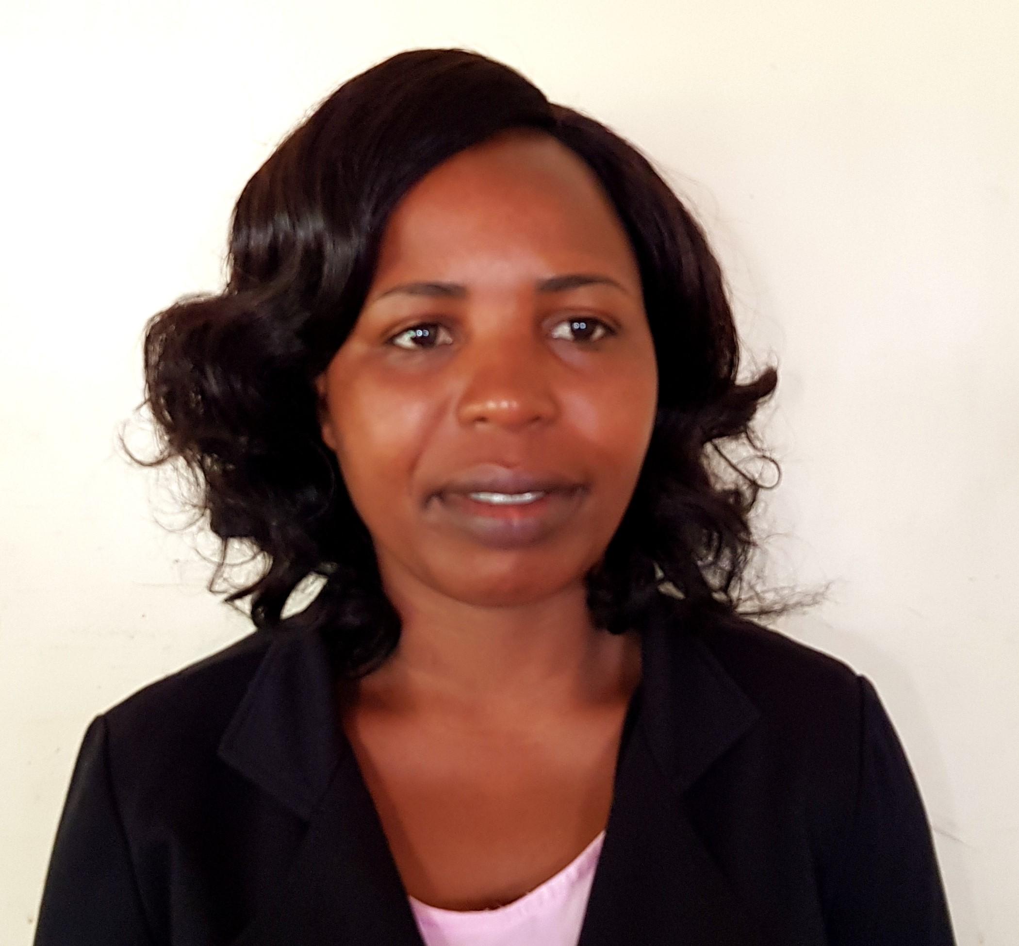 Ester Munyawa