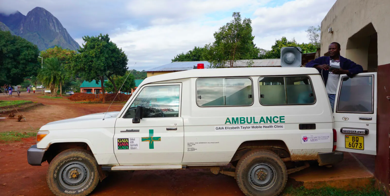 In a remote and rural part of Malawi in Africa, a siren has been alerting people – and it sounds like nothing you'd recognize from a street elsewhere in the world. Strangely unlike a conventional emergency services siren, instead it is a discordant mashup of musical fragments and intermittent white noise.