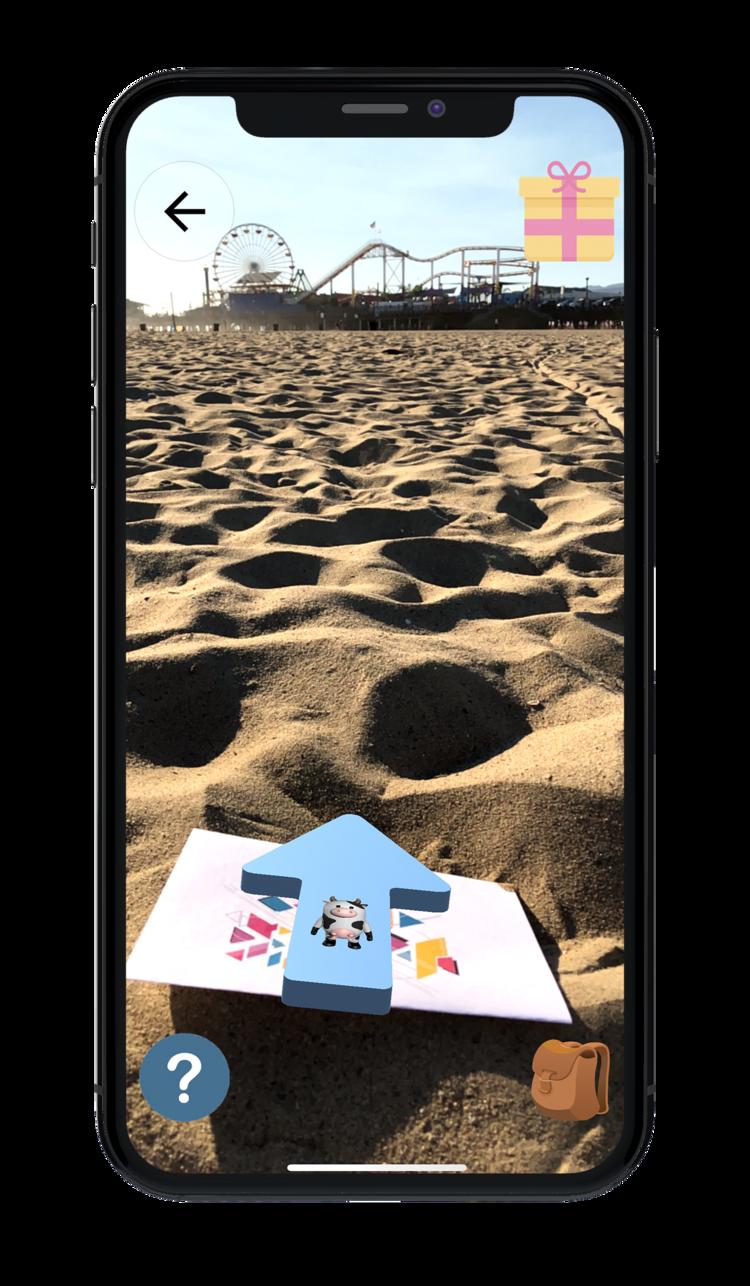 Mobilvy med pil i augmented reality, strandmiljö
