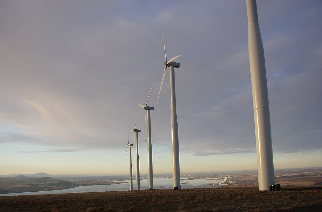 Poll: Teachers believe state should cut wind energy subsidies to better fund public education