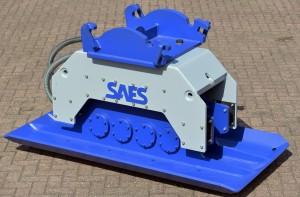 SAES kompaktorplater kan monteres på kjøretøy med hydrauliske funksjoner