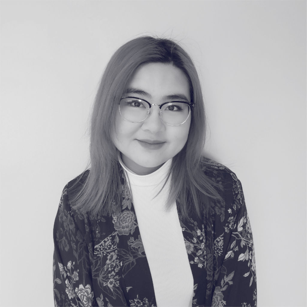 Ivy is a designer who loves to experiment with all types of design, such as UI/UX, branding and motion. She spends way too long watching cartoons and playing games, but somehow always finds time to work on her never ending list of projects for music, design and work.