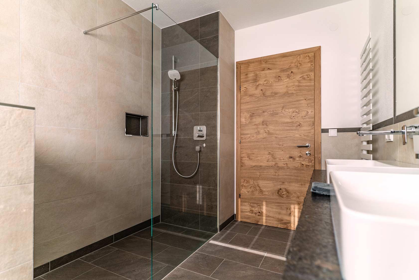 Auermühle Premium Penthouse Appartement – Bad