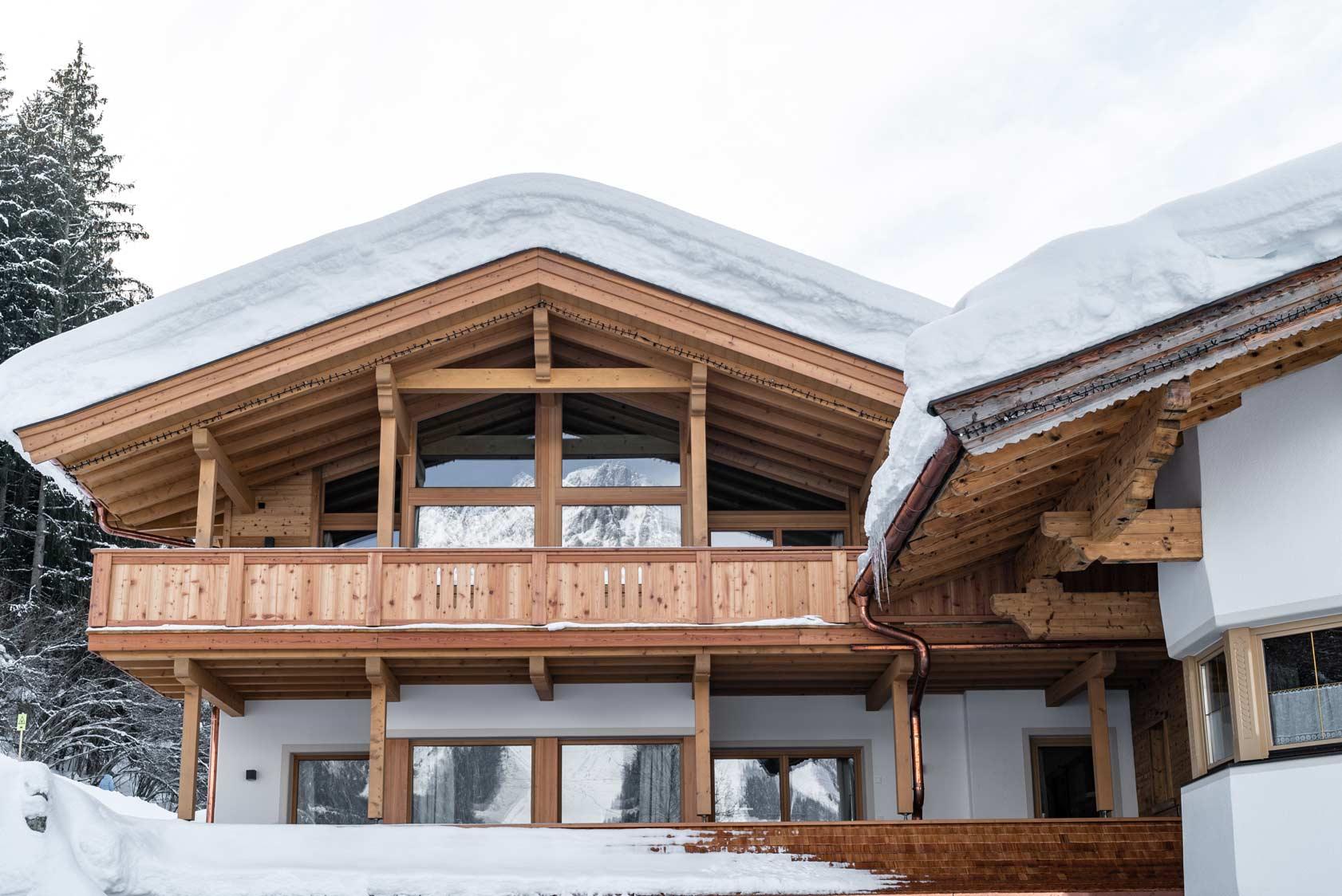 Auermühle Premium Penthouse Appartement – Aussenansicht im Winter