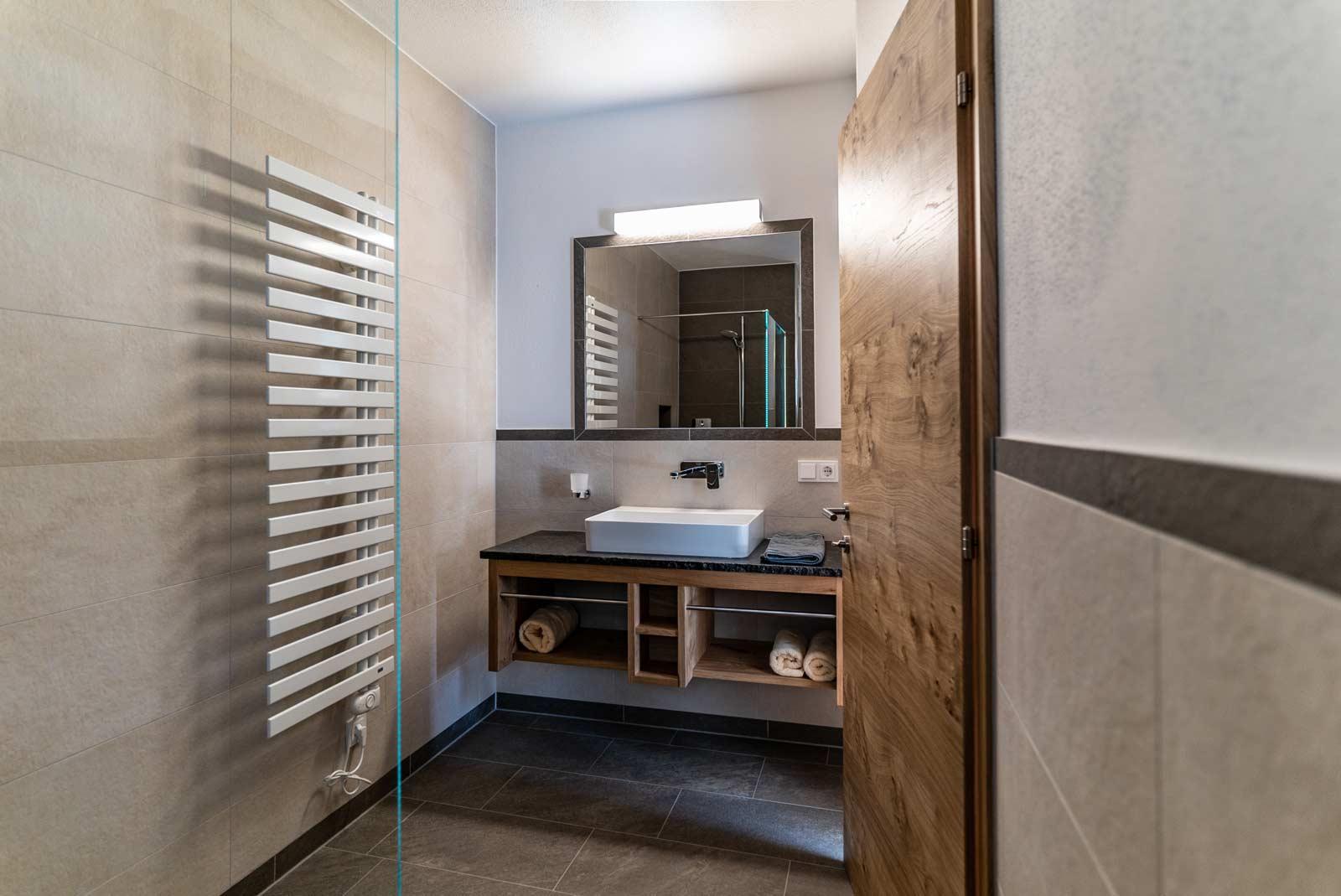 Auermühle Premium-Appartement – Bad