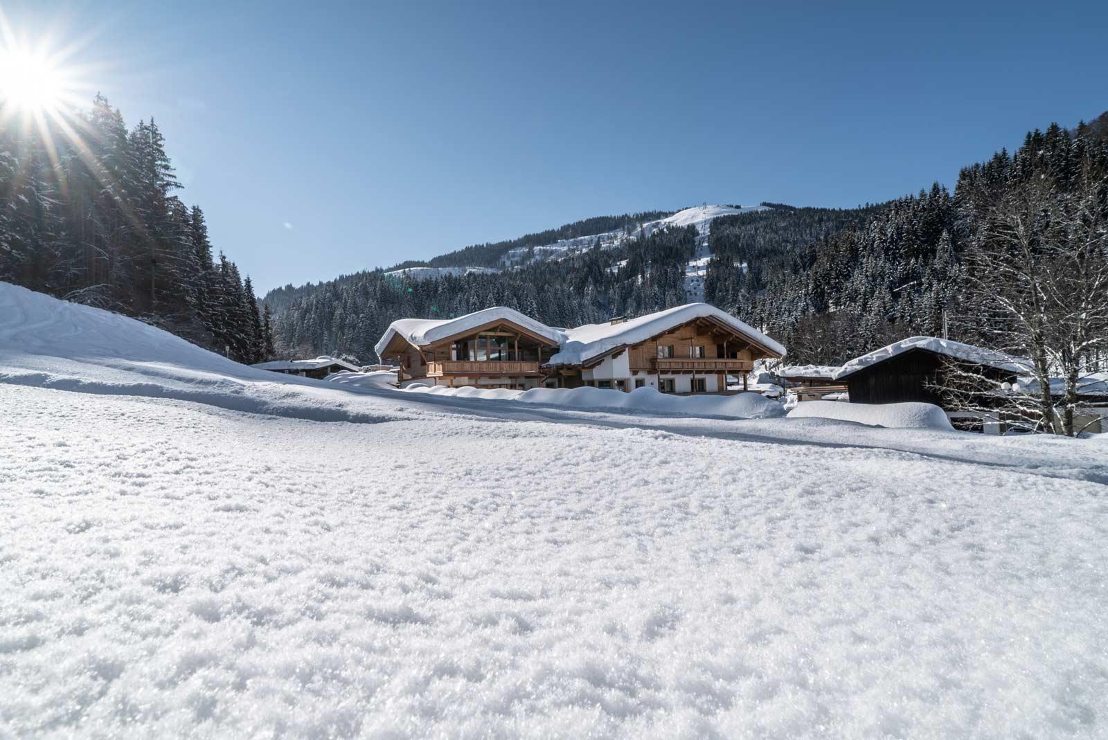 Auermühle Appartements in Winterlandschaft