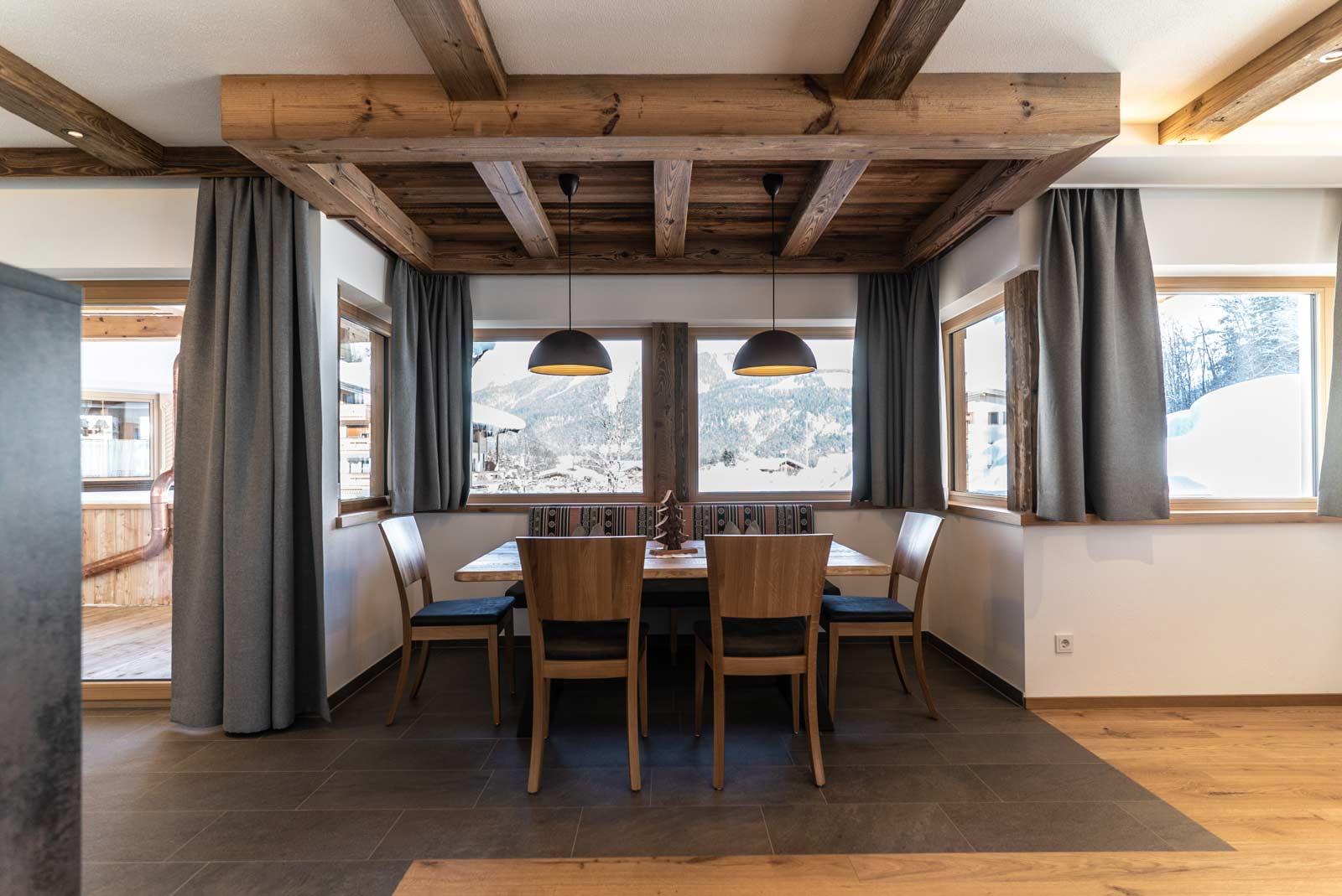 Auermühle Premium-Appartement – Essbereich