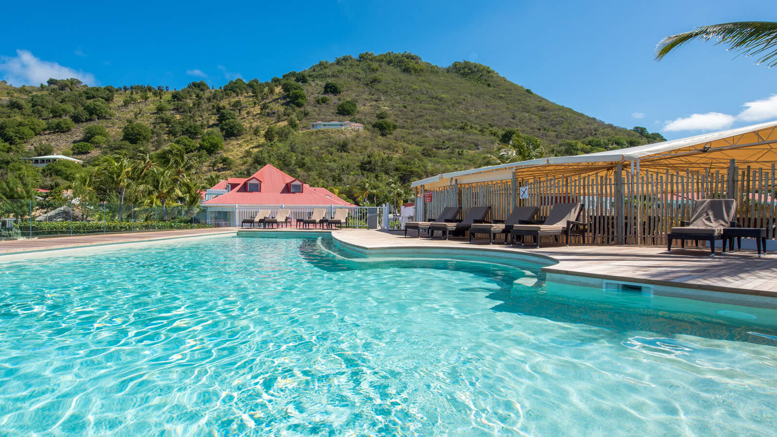 View of the Grand Case beach Club pool