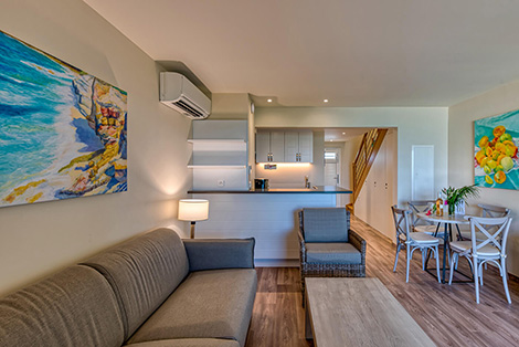 Kichen, Dining & Living Area
