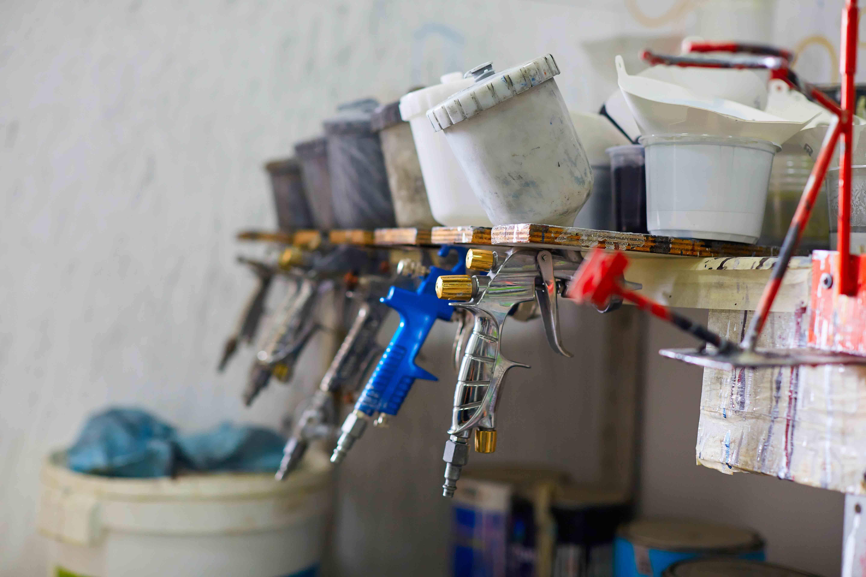 pistolet à peinture édition porcelaine