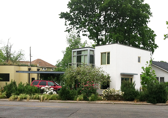 A version of formal modernism, yin and yang of glass to stucco