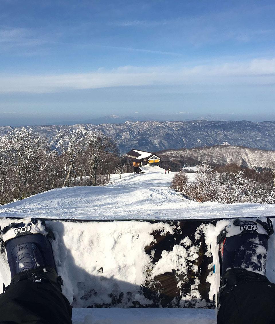 Person skiing on the Nozawa Onsen's mountains