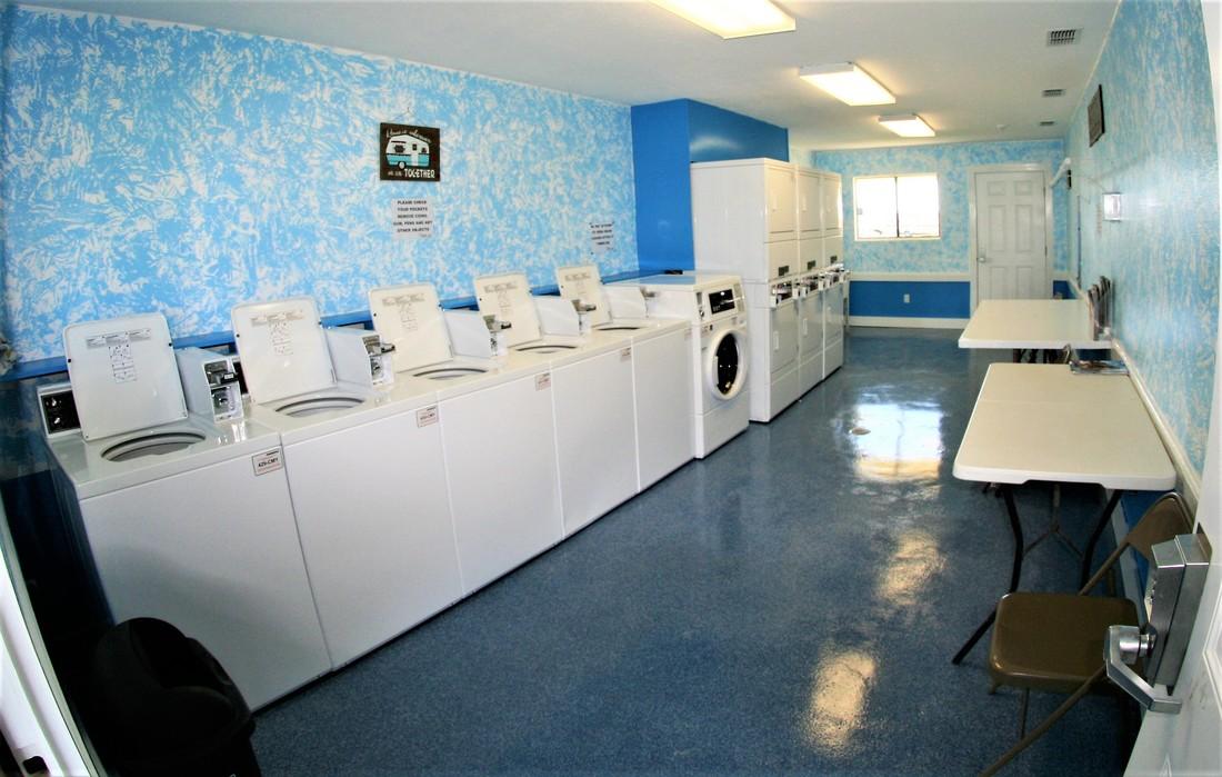 laundry white rv resort in palacios texas