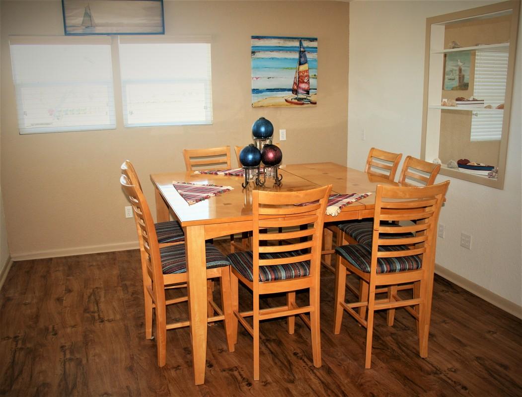 House Kitchen Table Beach House Rental Palacios