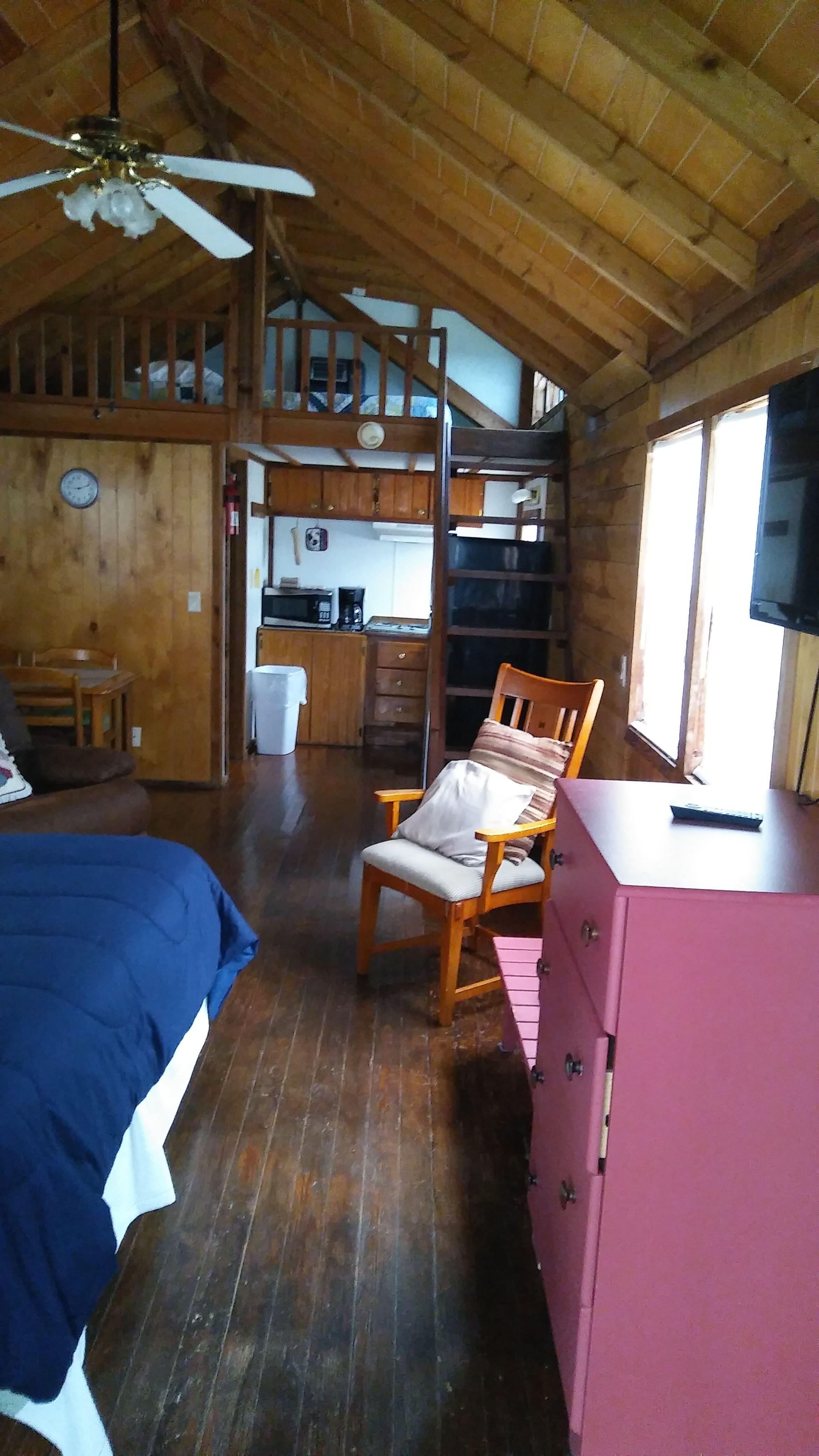 Cabin Inside RV Park Palacios