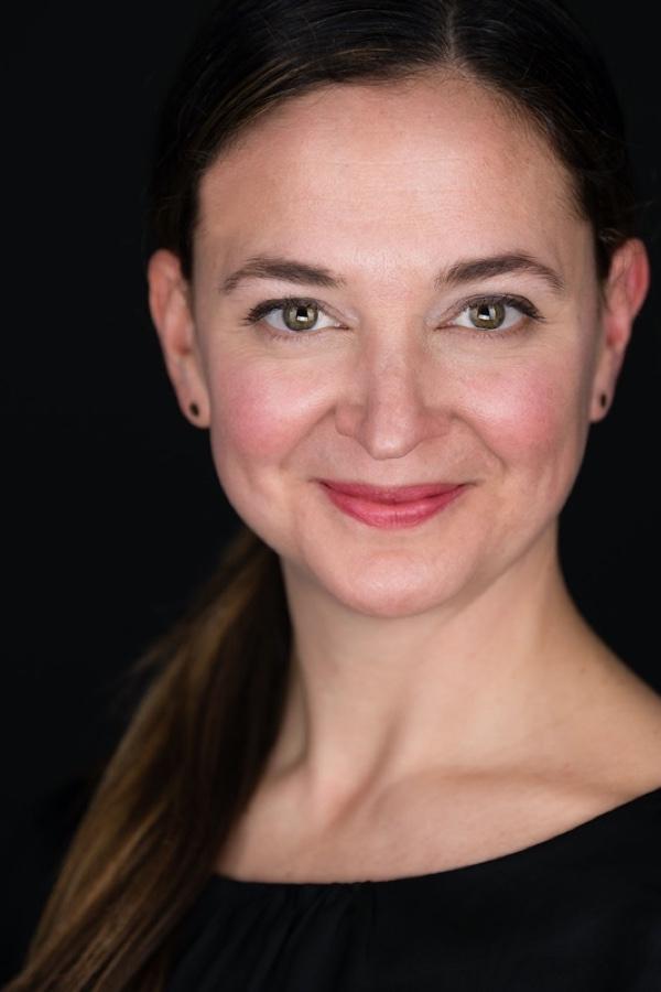 A headshot of Melissa V.