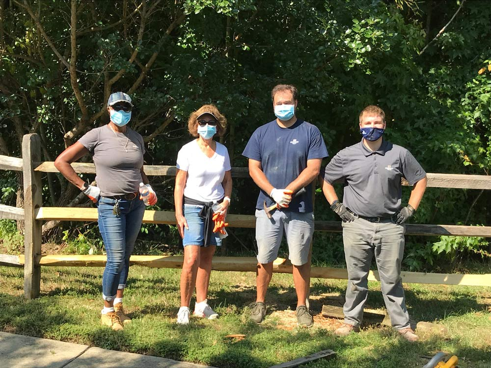 HHHunt Homes of Hampton Roads Lends a Helping Hand